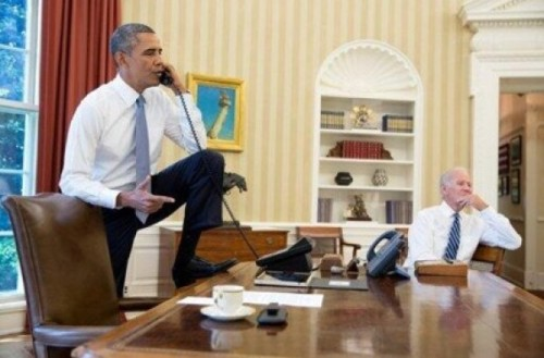 obama-foot-on-desk-e1378073890735